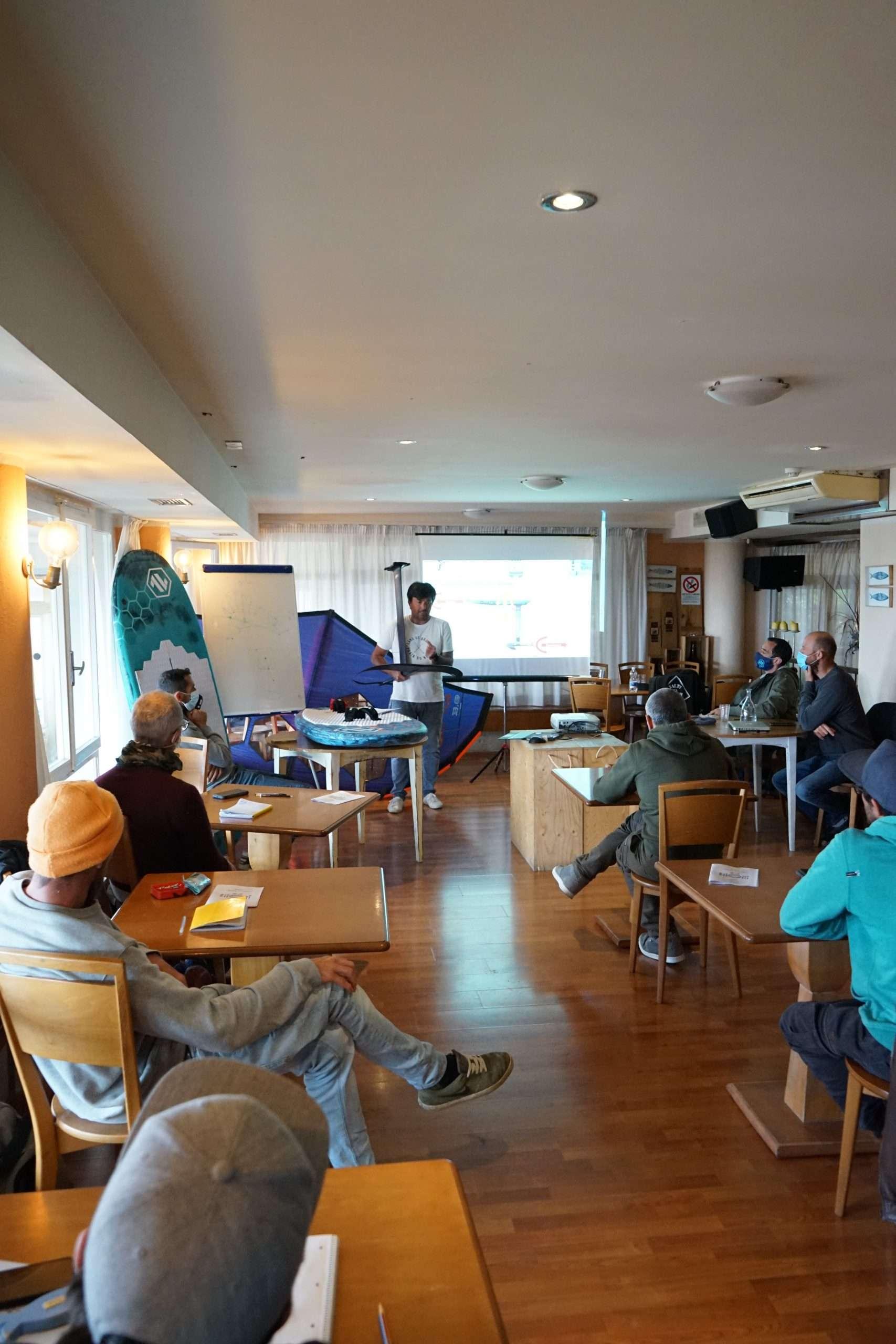 Read more about the article Wing Foil Academy: successo per il corso istruttori